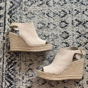 Kenneth Cole Suede Esapdrille Mule Wedge